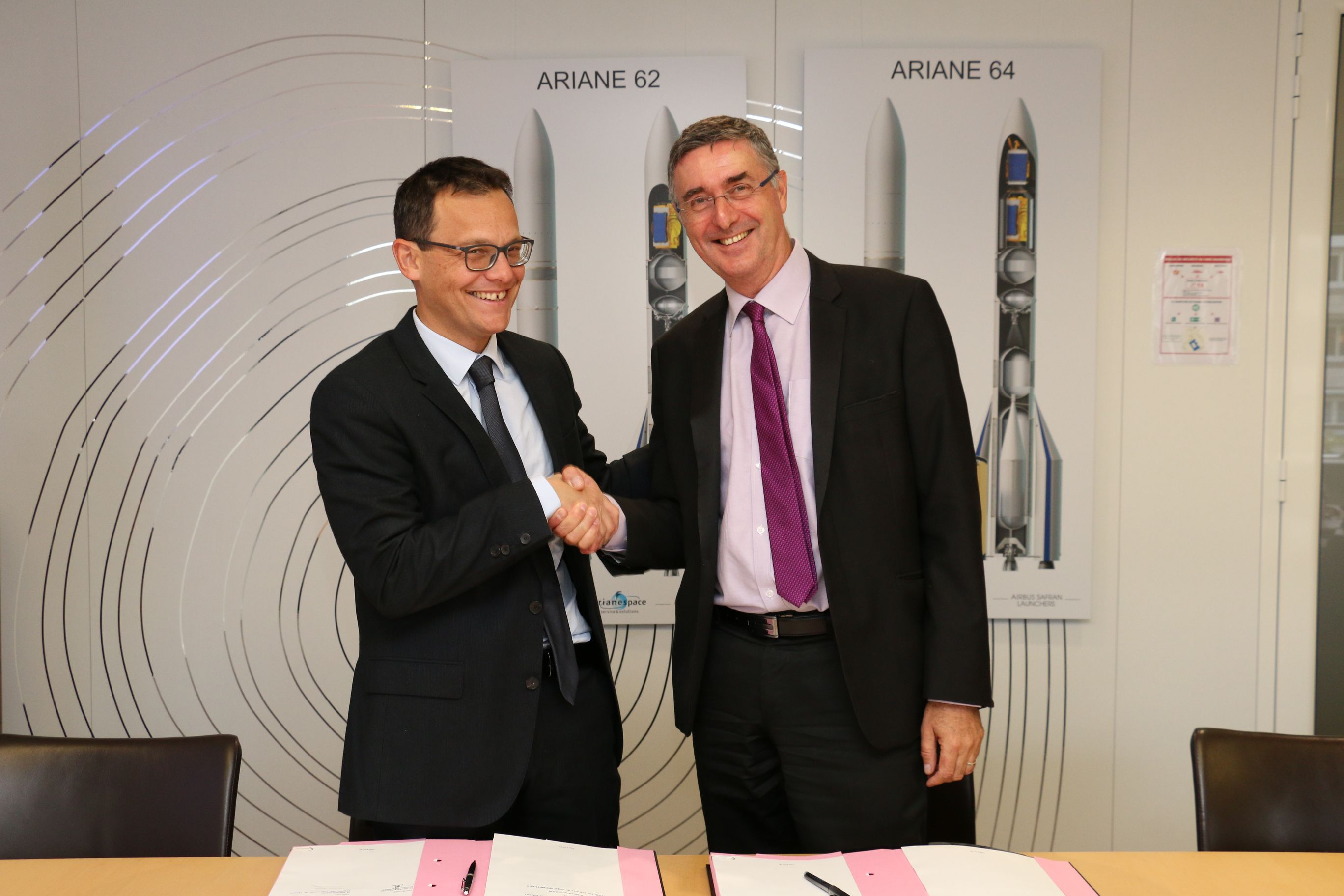 is_accords_arianegroup_cnes_2.jpg